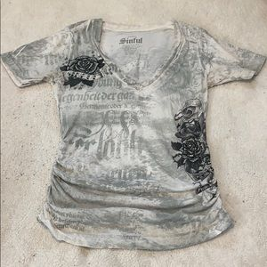 Sinful from the Buckle Gray T Shirt sz S